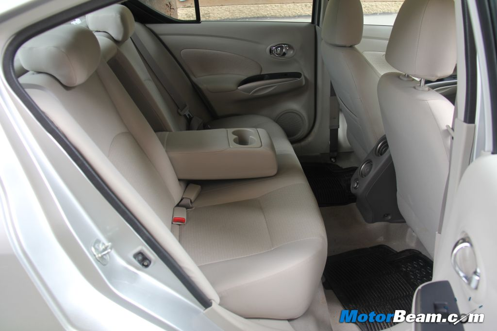 Nissan Sunny Rear Seat Space