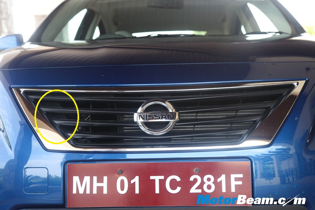 Nissan Sunny - Front Grille