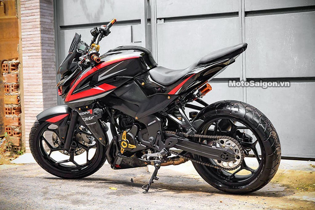 Pulsar 200 NS Modified Side