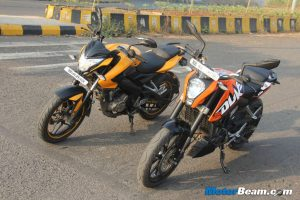 Pulsar 200 NS vs KTM Duke