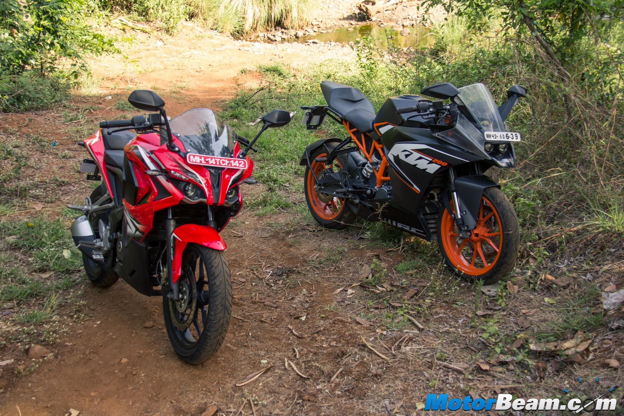 Pulsar RS 200 vs KTM RC 200 Shootout