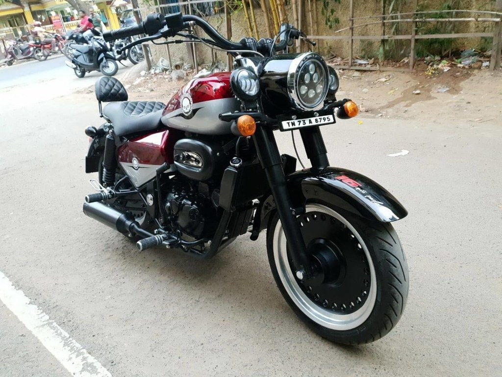 RE Classic 350 Modified Front