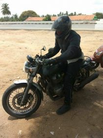 RE Twin-Cylinder Cafe Racer