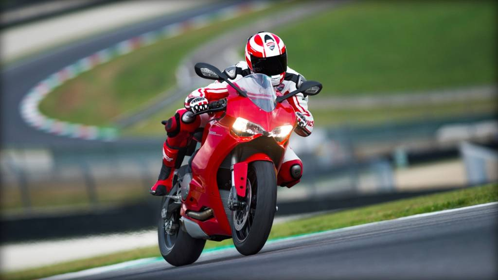 Red Ducati 899 Panigale