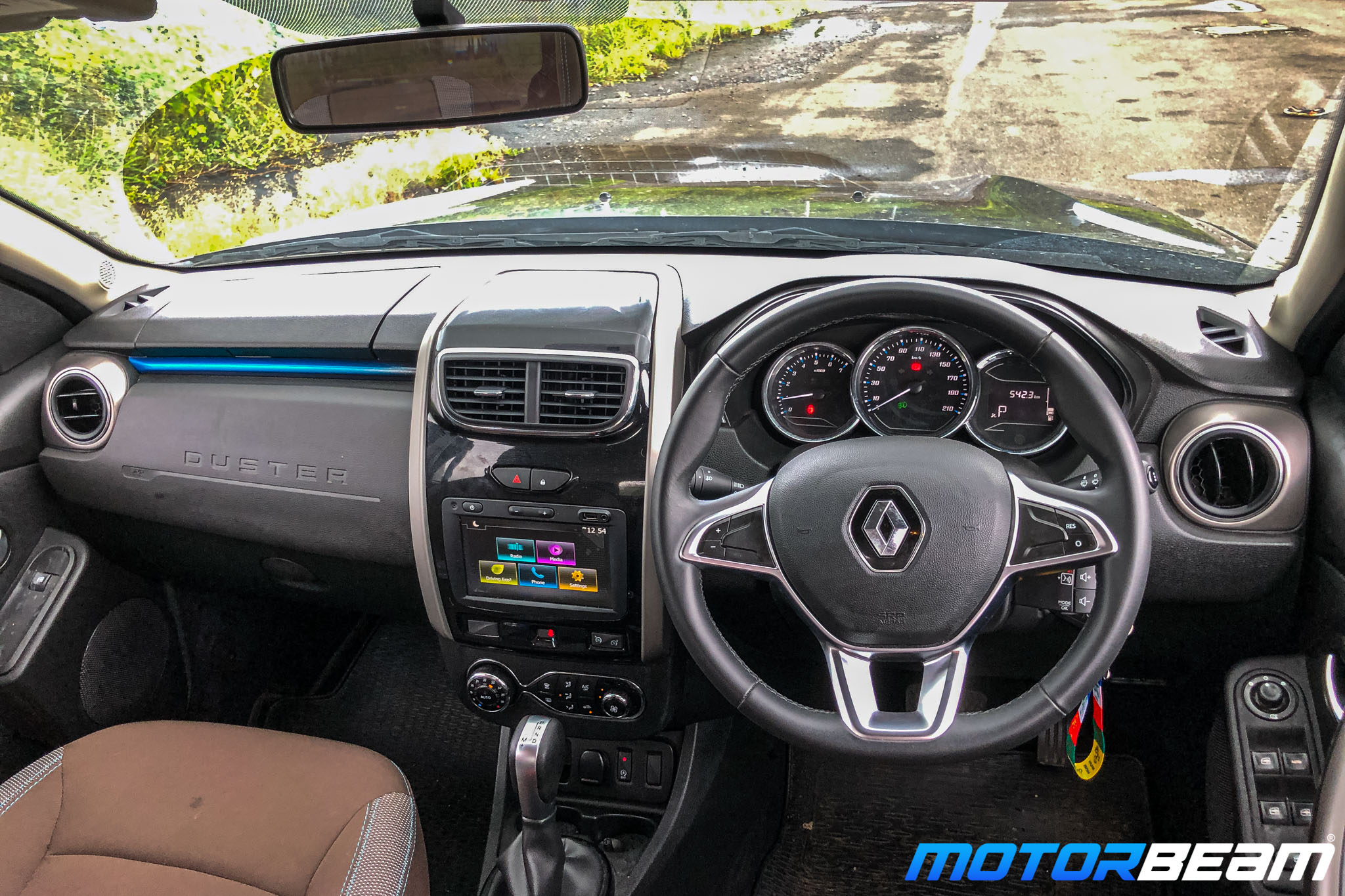 Renault-Duster-Turbo-Long-Term-6