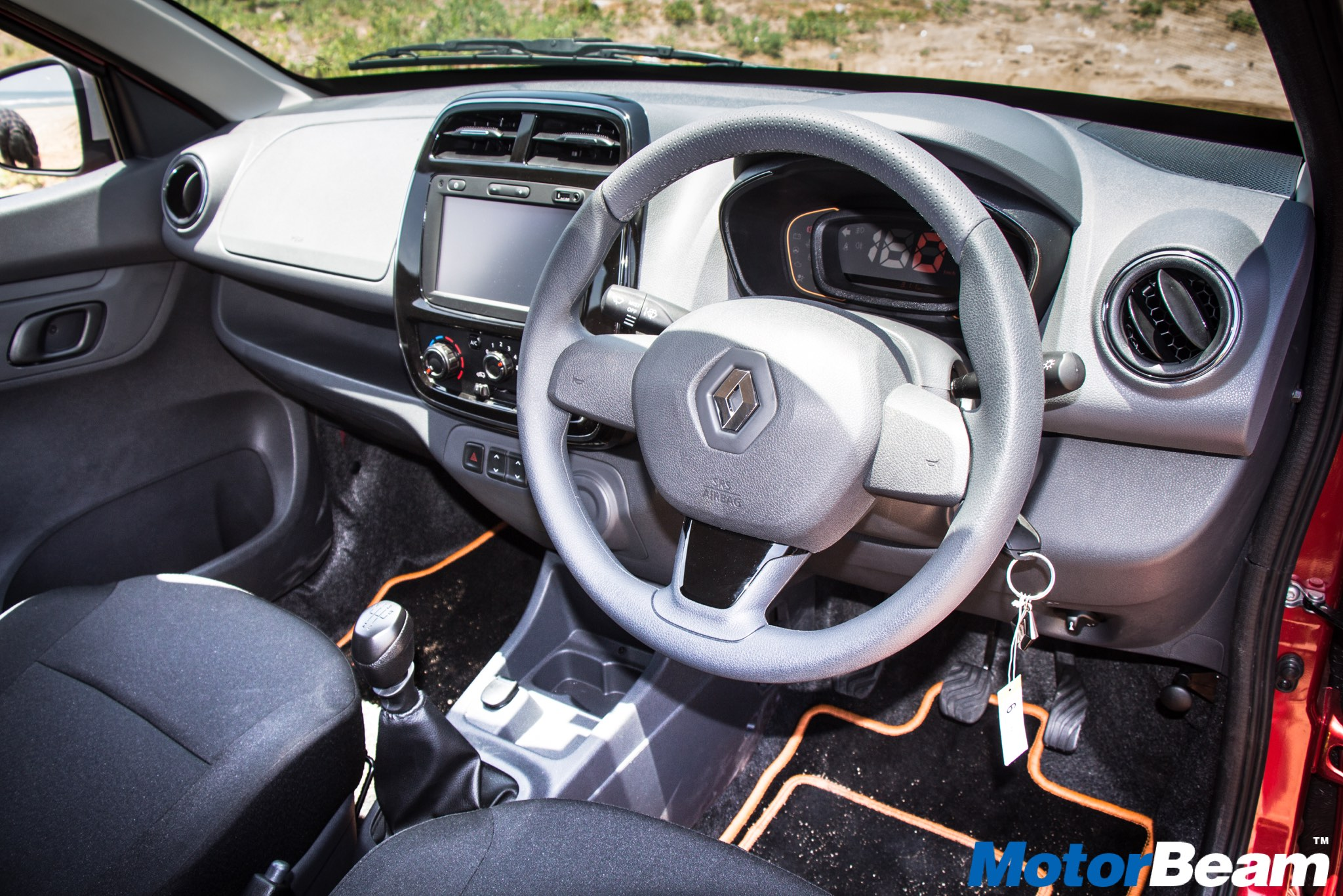 100 renault 4 interior facelifted renault clio 2016 specs u0026 pricing cars co za. Black Bedroom Furniture Sets. Home Design Ideas