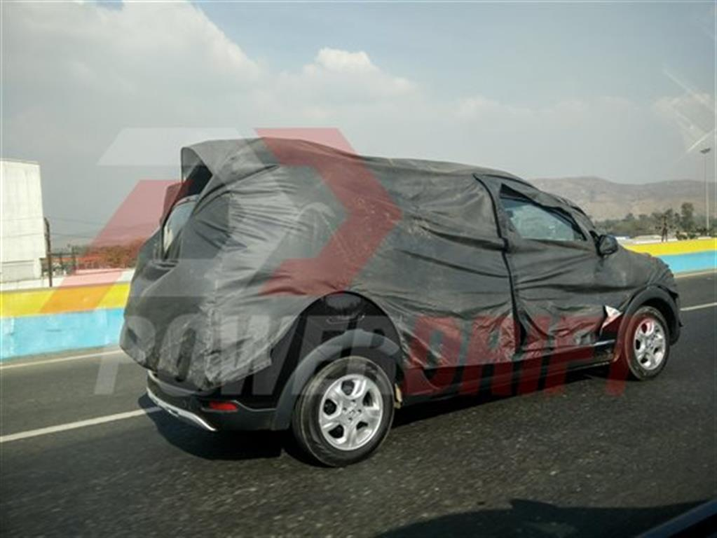 Renault Lodgy Spotted Testing