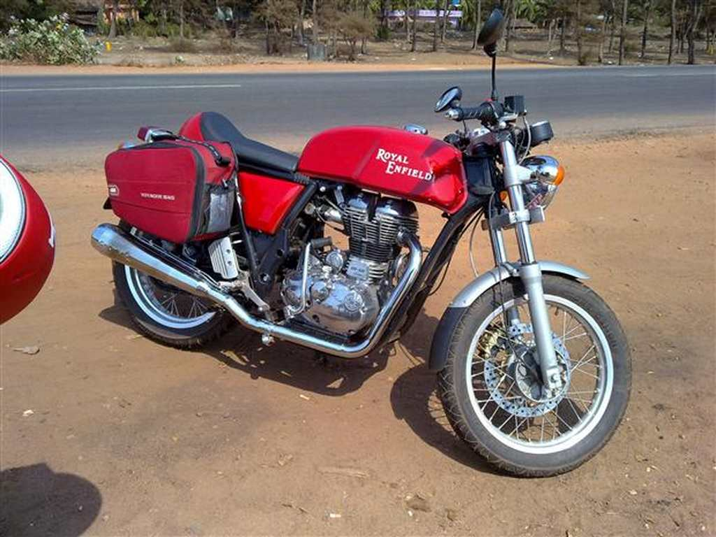 Royal Enfield Cafe Racer spied