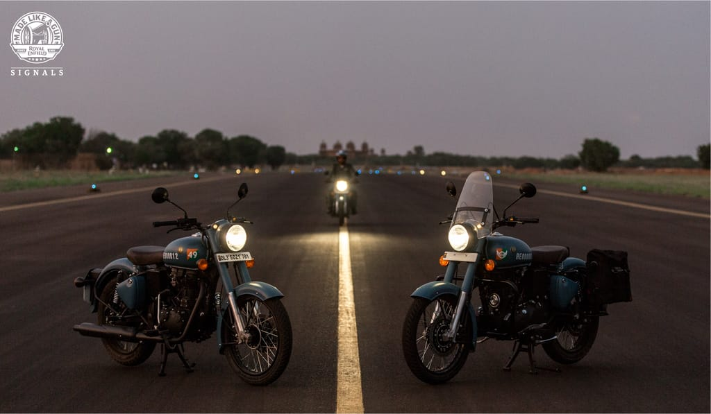 Royal Enfield Classic Signals 350 Price
