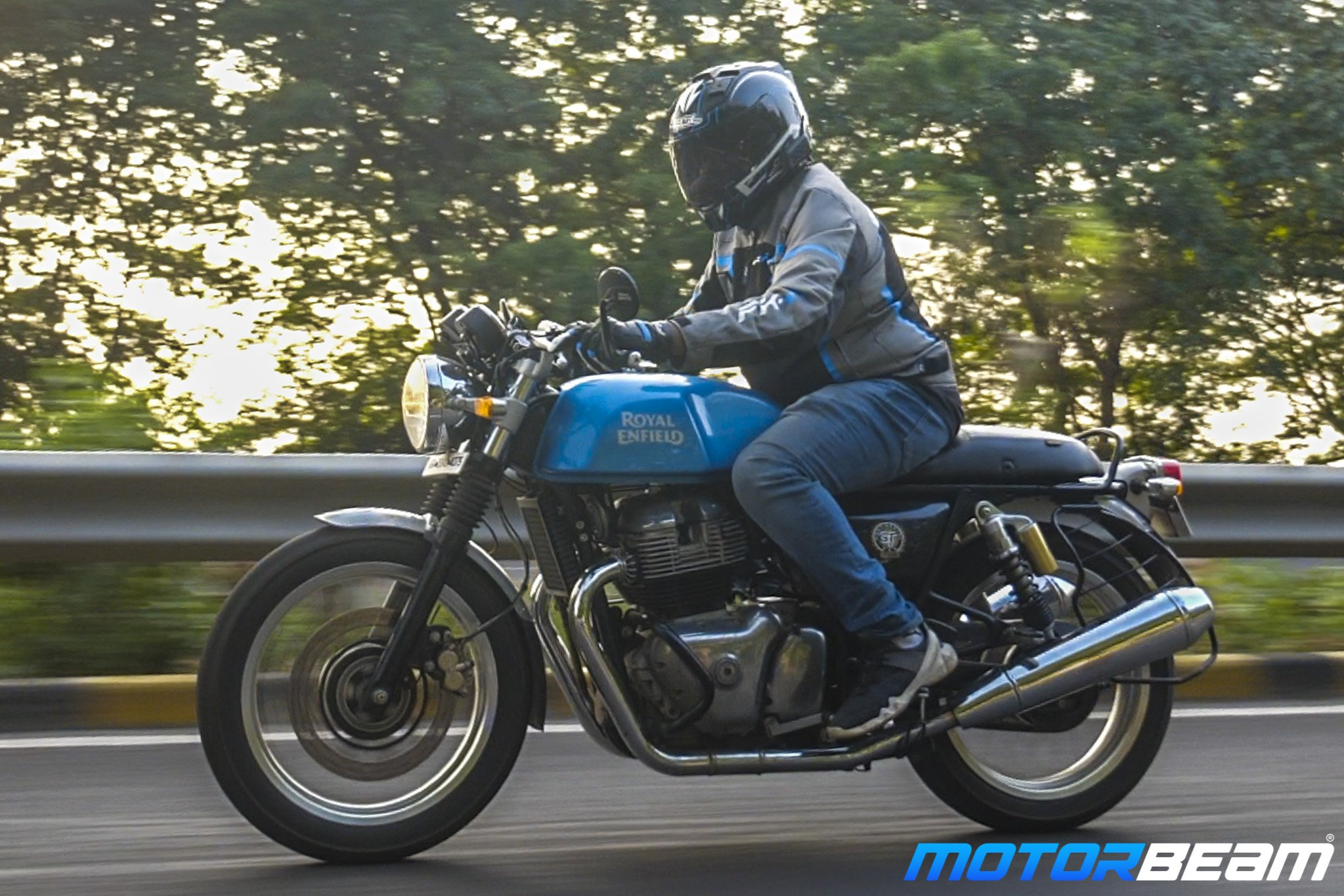Royal Enfield Continental GT 650 PowerTronic Test