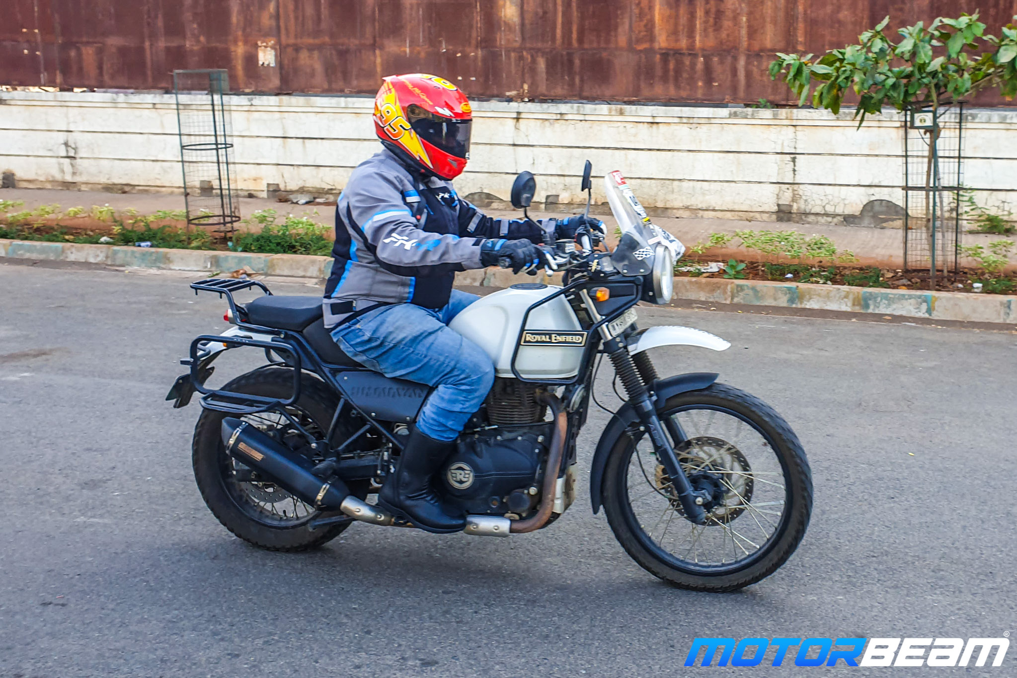 Royal Enfield Himalayan Exhaust Review 20