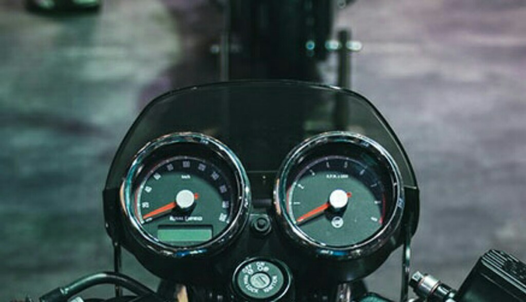 Royal Enfield Interceptor 650 Console