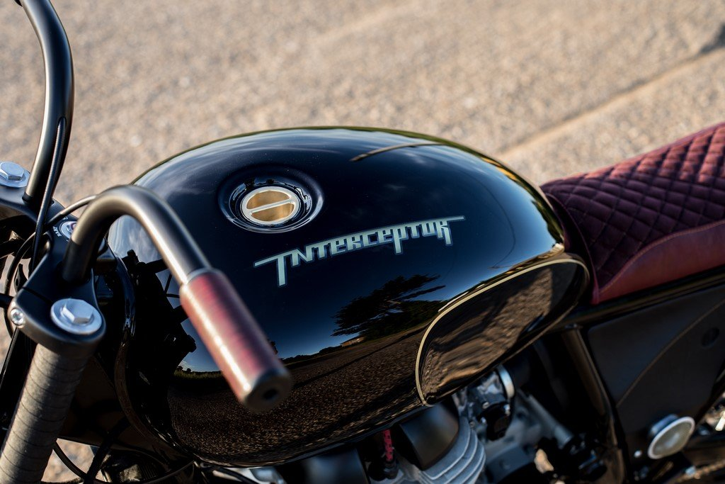 Royal Enfield Interceptor Custom