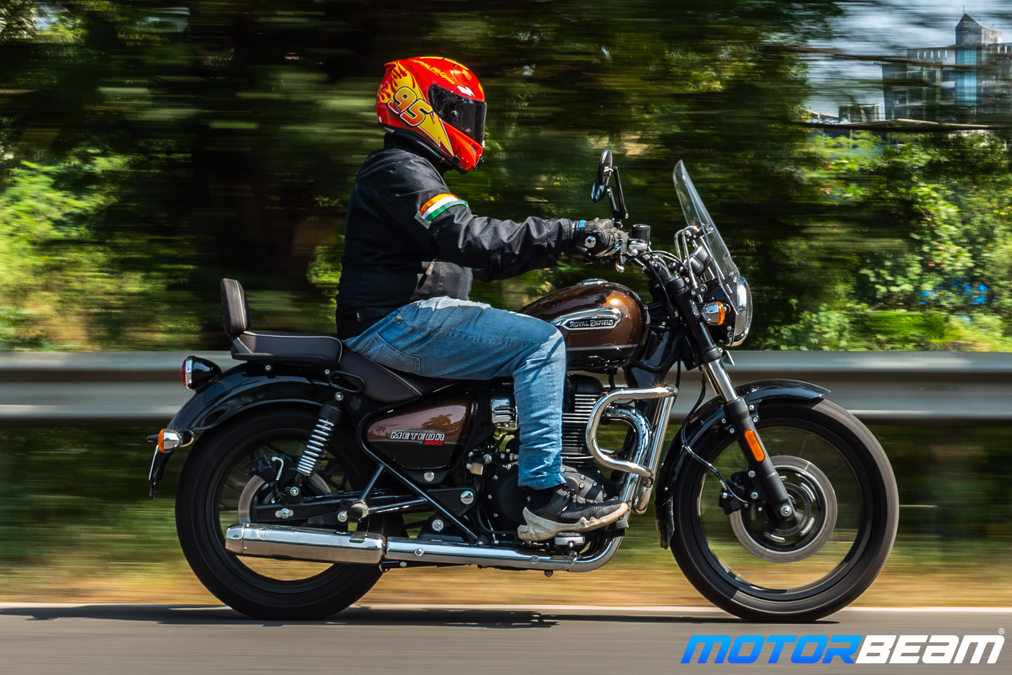 Royal Enfield Meteor 350 Review 2