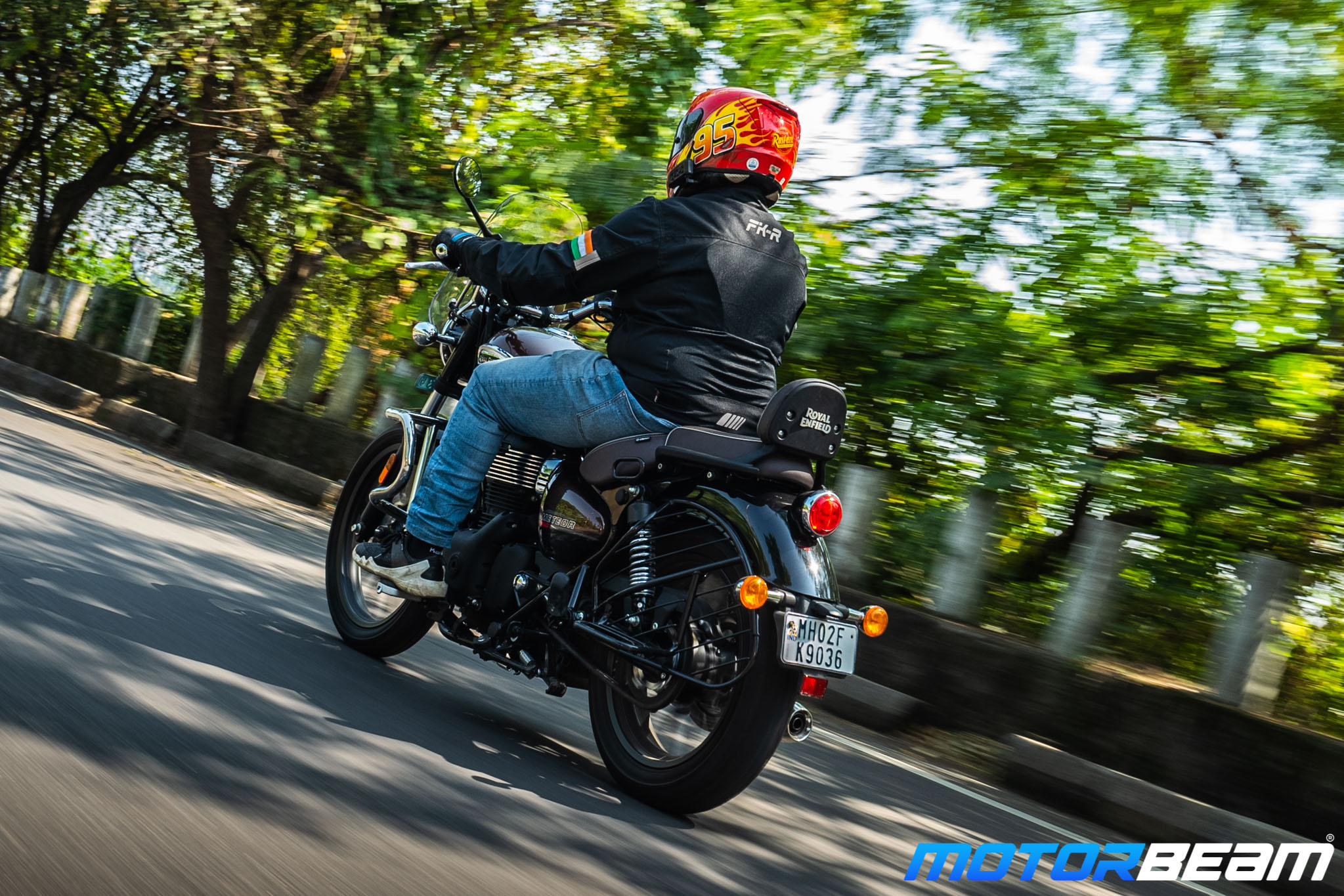 Royal Enfield Meteor 350 Review 4