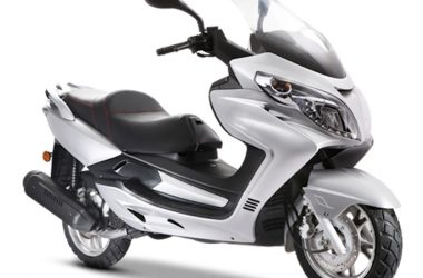 Royal Touch Vista Scooter