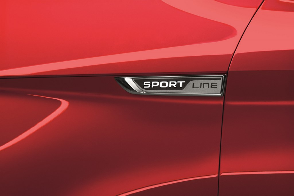 Skoda Superb Sportline Badge