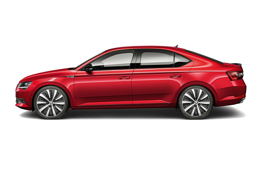Skoda Superb Sportline Side