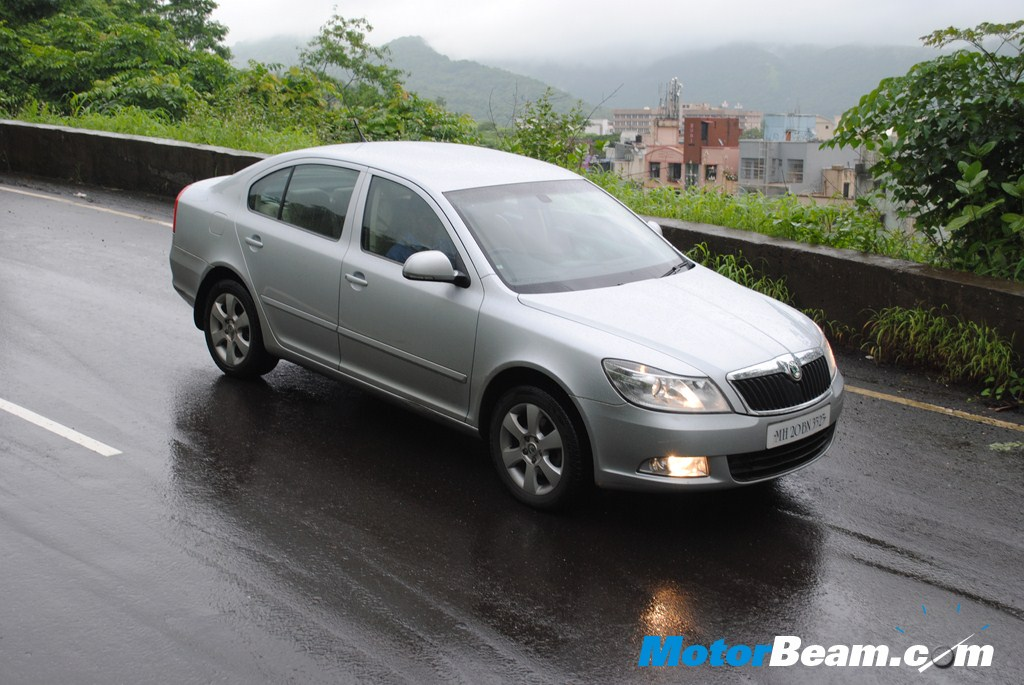 Skoda_Laura_DSG_AT_Test_Drive_Review (115)