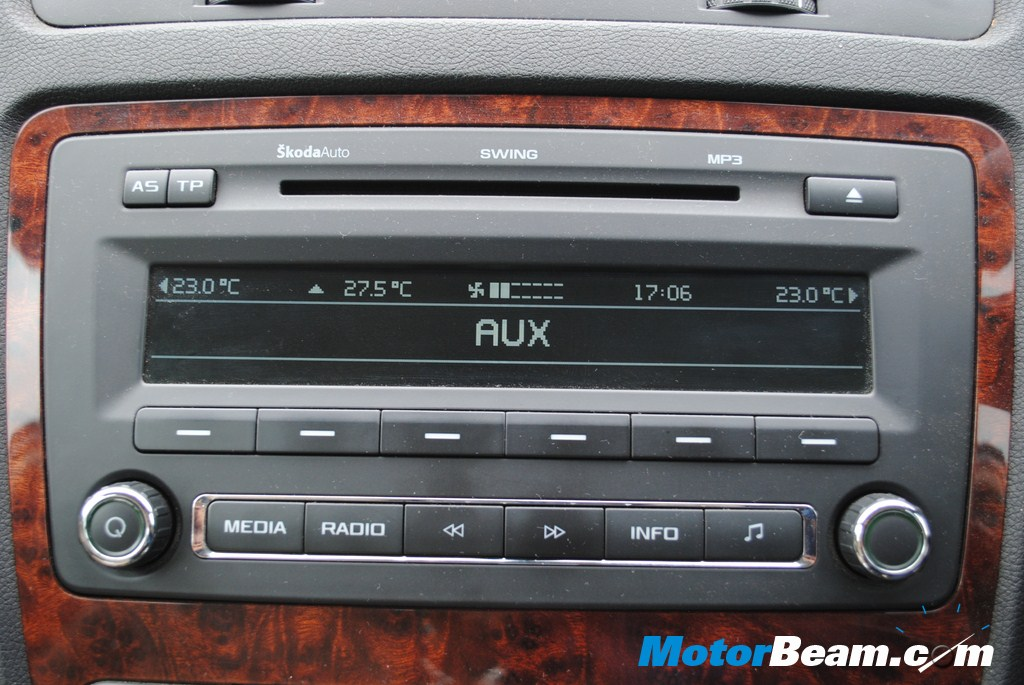 Skoda Laura AT - Audio System