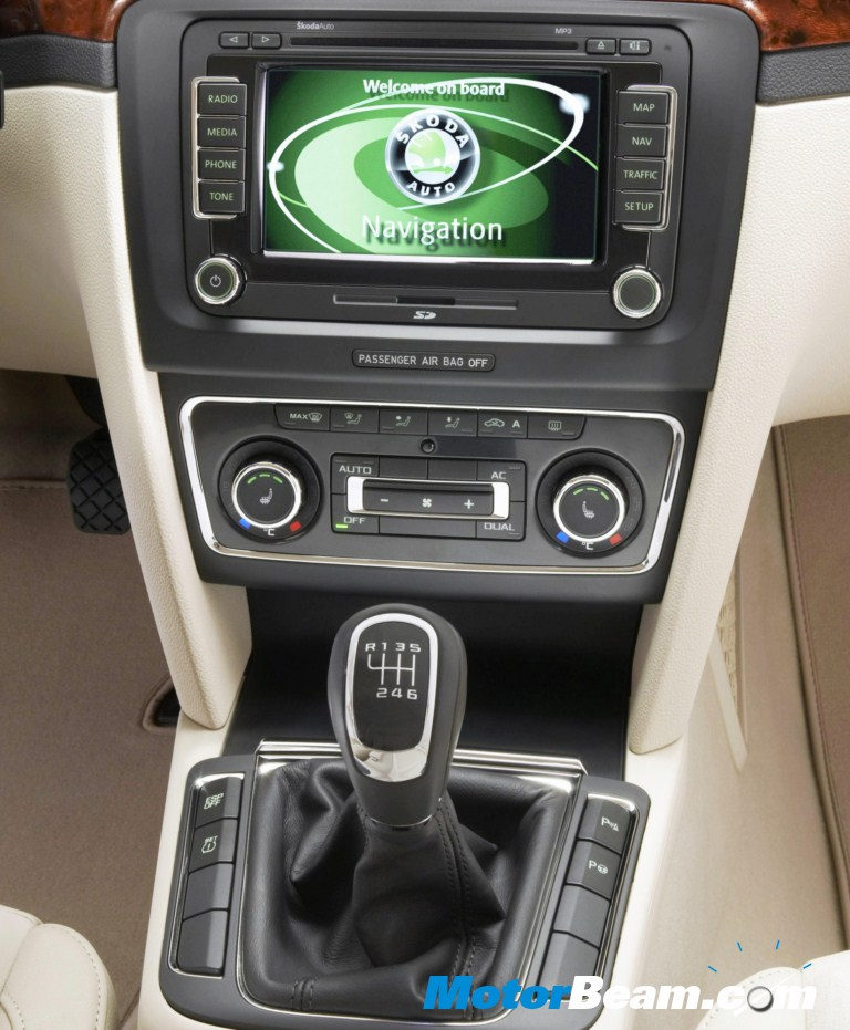 skoda superb 1 8 tsi manual transmission launched rh motorbeam com Skoda Superb 2013 Skoda Superb 2008
