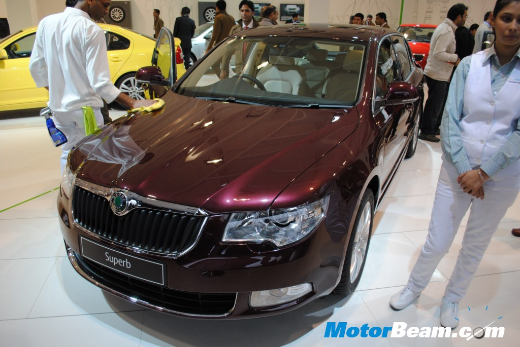 Skoda_Superb_2010_Auto_Expo