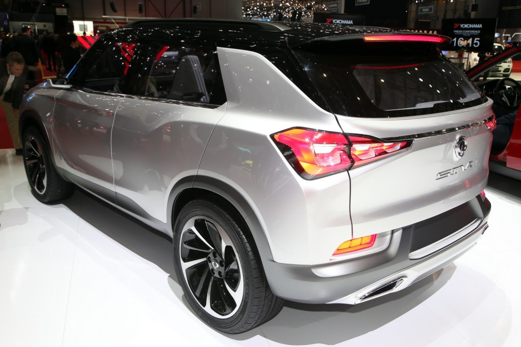 SsangYong SIV-2 Rear