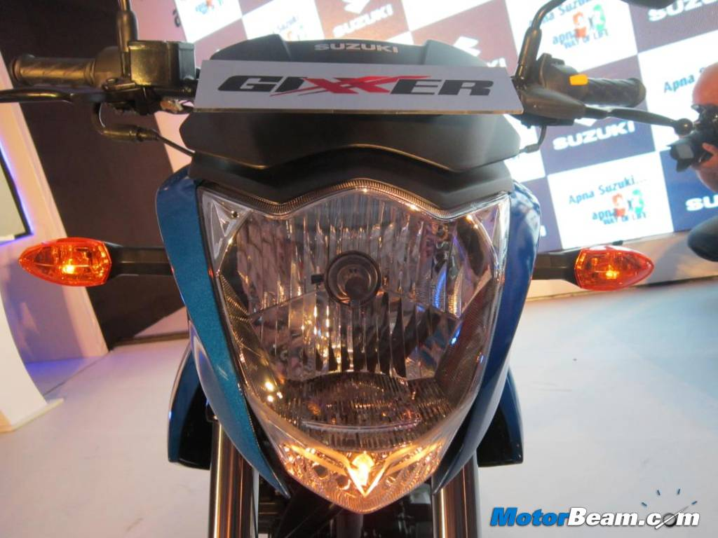 Top 5 150cc 160cc motorcycles in the country indian cars bikes - Suzuki Gixxer Headlight