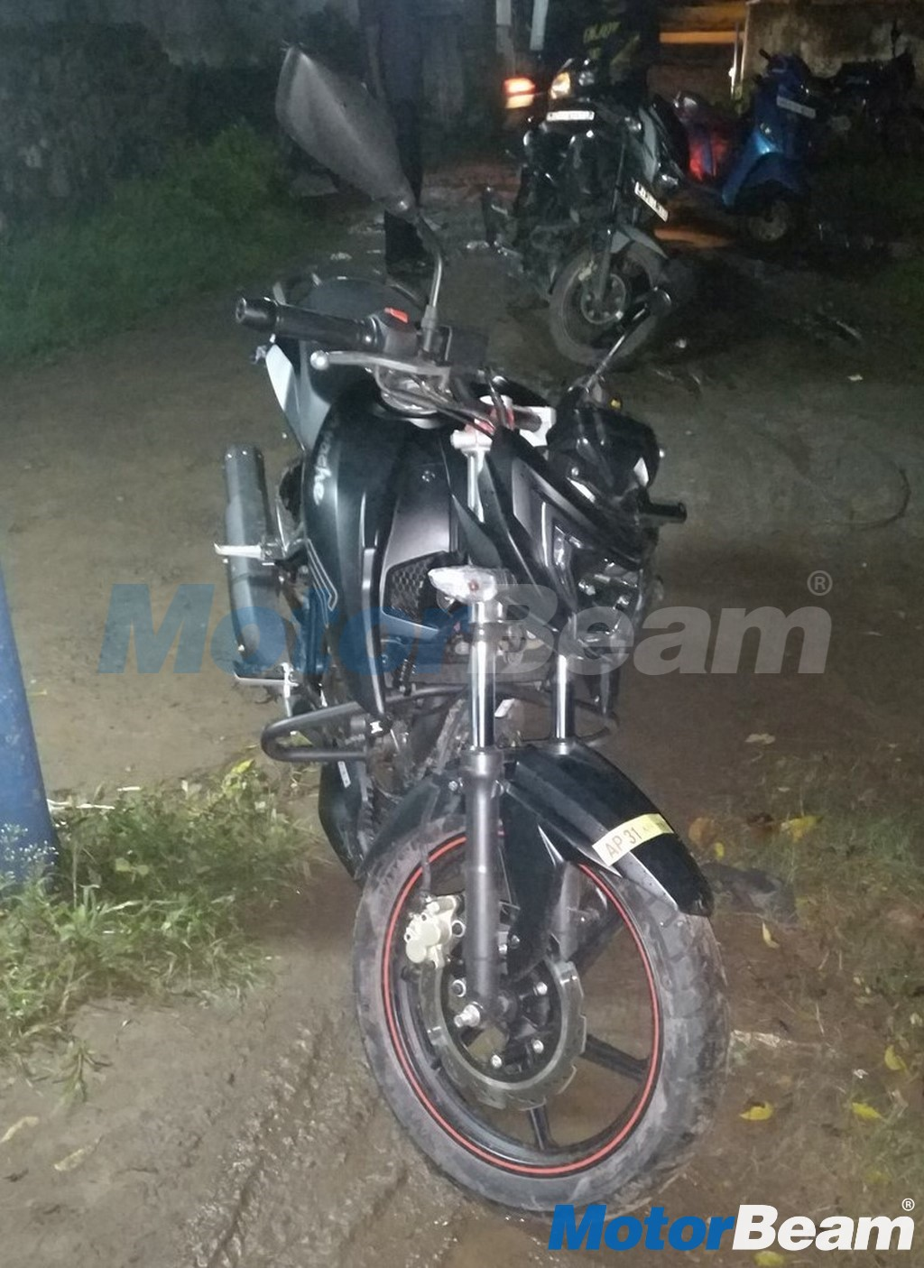 TVS Apache 160 Front