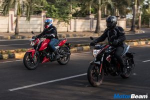 TVS Apache 160 vs Suzuki Gixxer Video