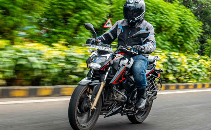 TVS Apache 200 BS6 Road Test Video Review