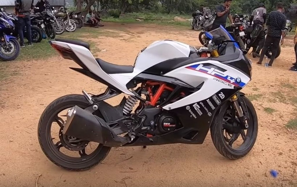 Apache Rr 310 Converted Into Bmw Hp4 Motorbeam