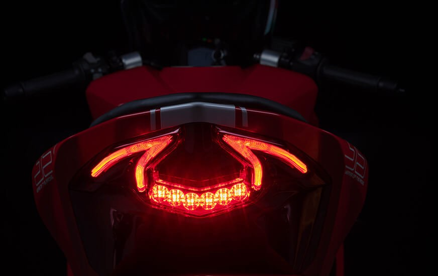 TVS Apache RR 310 Tail Light