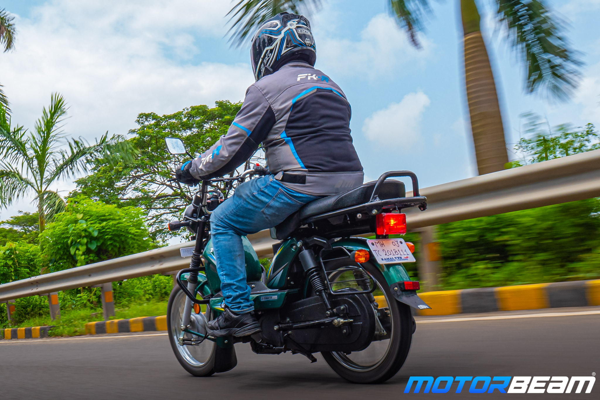 TVS XL 100 Heavy Duty Review 3