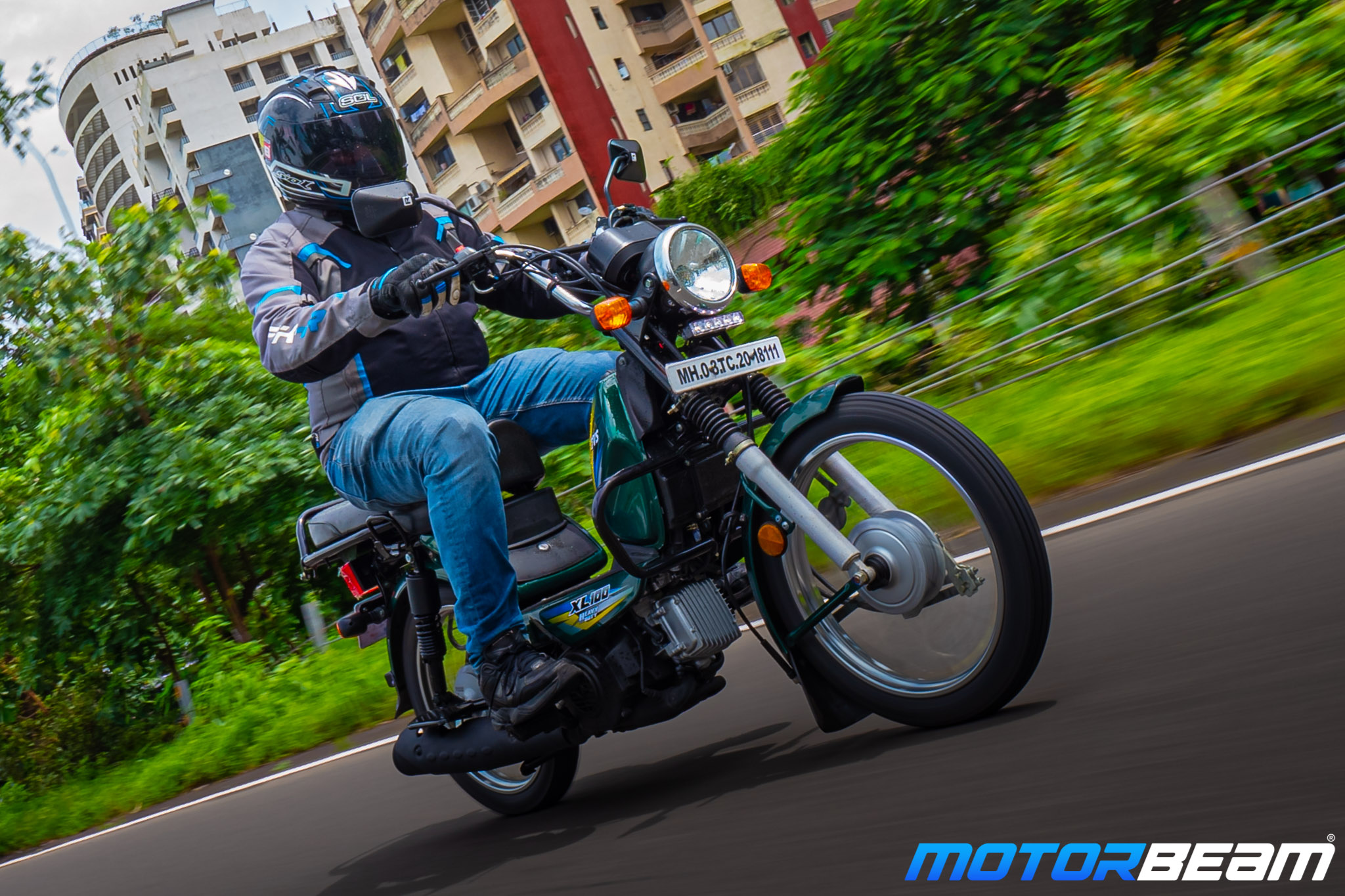 TVS XL 100 Heavy Duty Review 4