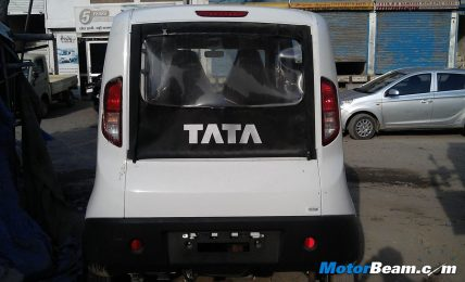 Tata Magic Iris Rear