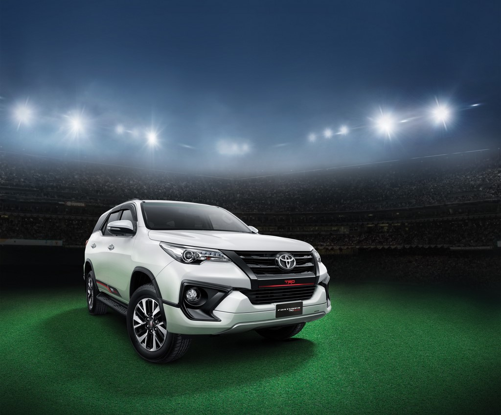 2017 toyota fortuner trd sportivo price is rs. 31.01 lakhs | motorbeam