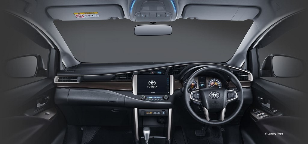 Toyota Innova Crysta Facelift Dashboard