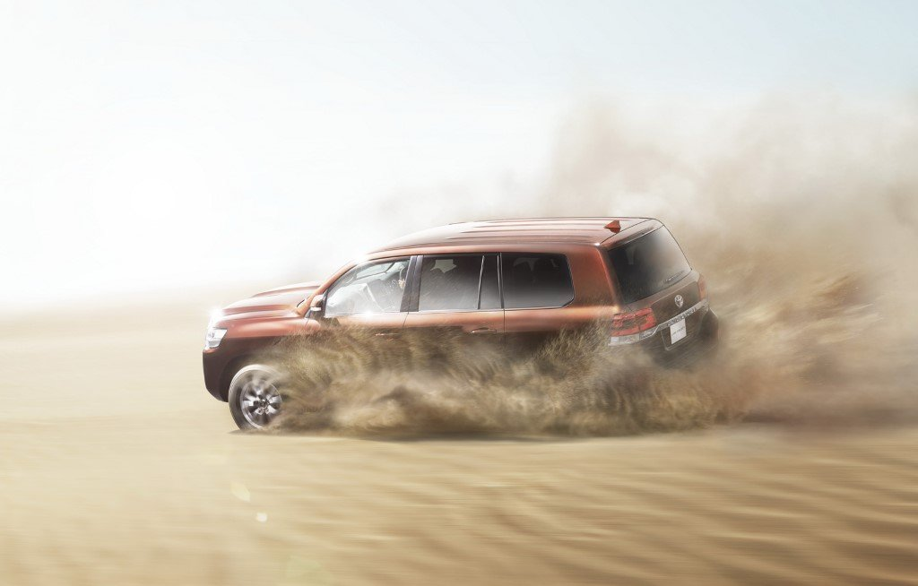 Toyota Land Cruiser 200 Off-Road