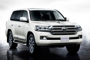 Toyota Land Cruiser 200 Unveiled