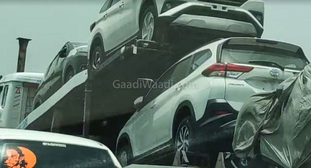 Toyota Rush Rear Spotted