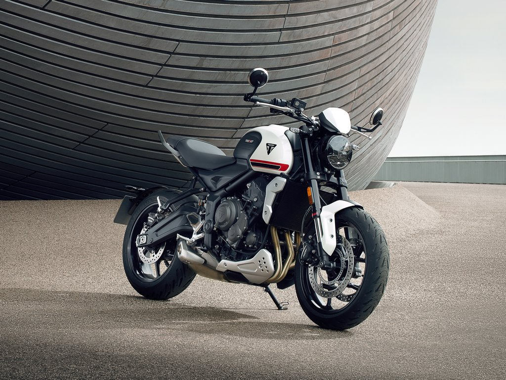 Triumph Trident 660 Revealed As Premium Middleweight Pocket Rocket