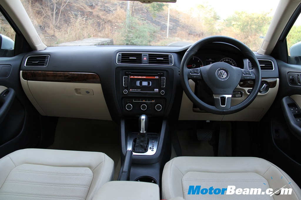 VW Jetta - Interiors