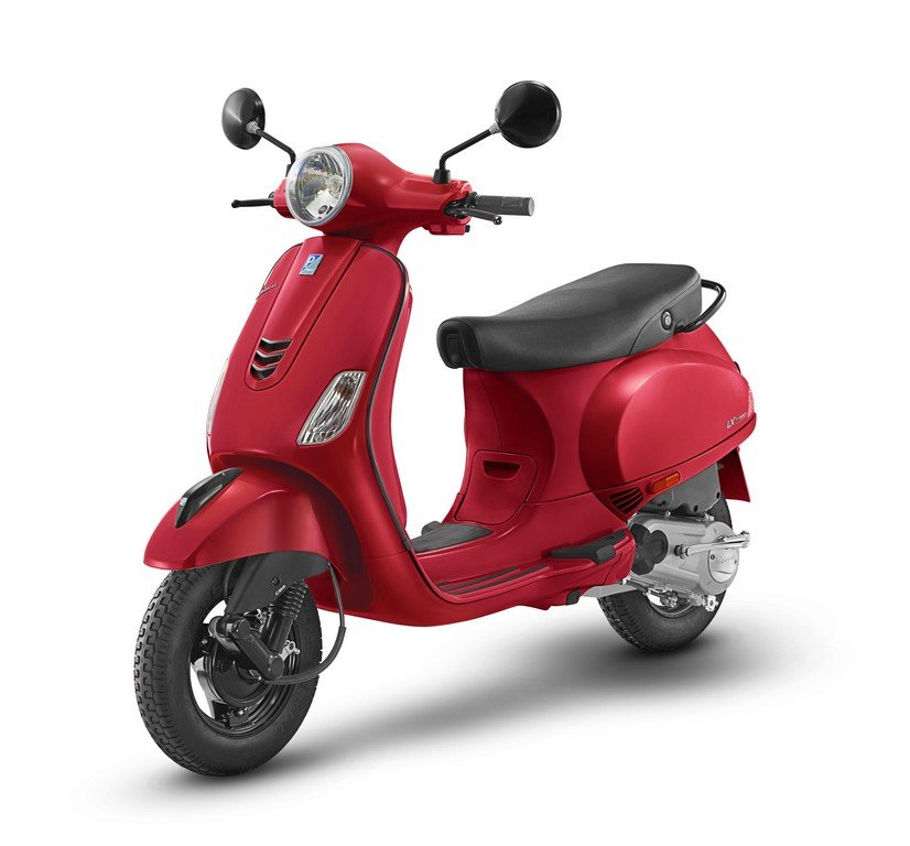 Vespa Urban Club Glossy Red