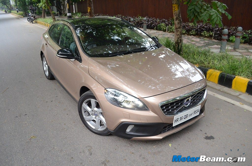 Volvo V40 Cross Country Test Drive Review