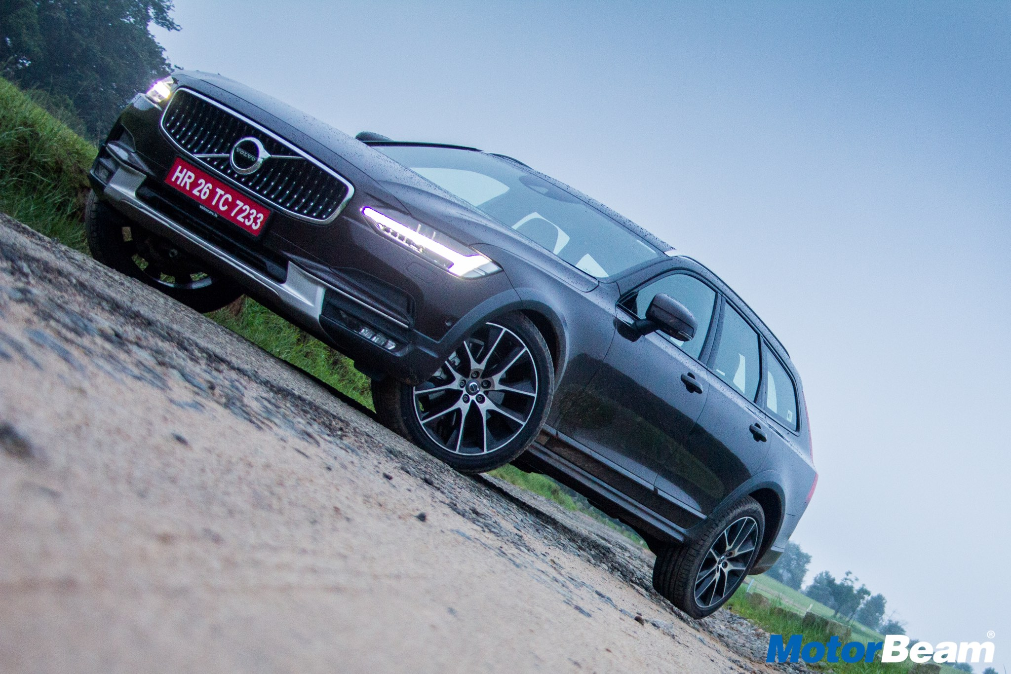 Volvo V90 Cross Country Review