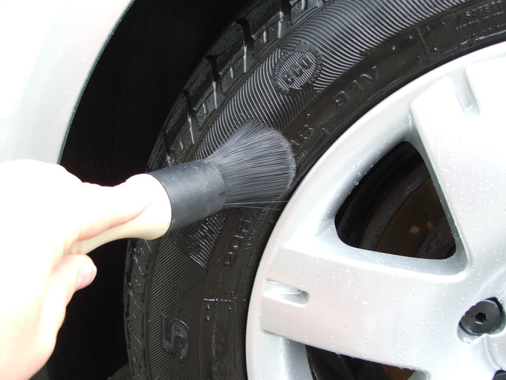 Wash Your Tyres