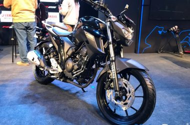 Yamaha FZ25 Knight Black