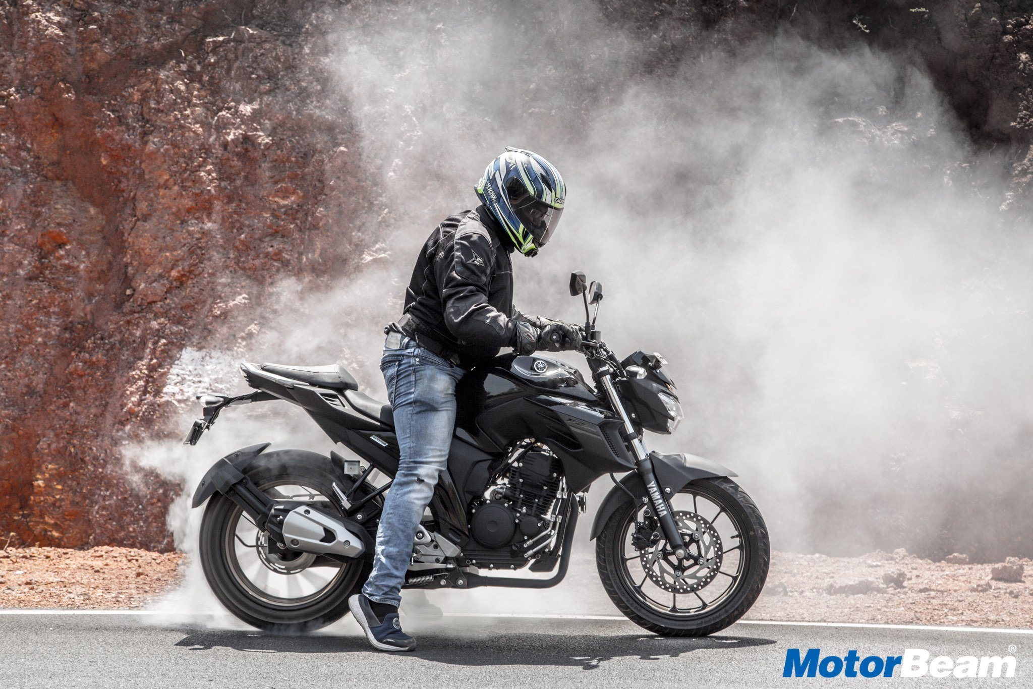 Yamaha FZ25 Road Test Video