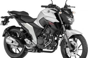 Yamaha FZ25 Warrior White
